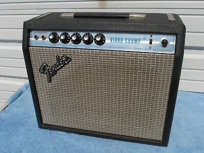 FENDER VIBRO CHAMP Amplifier 1966 Vintage Guitar Amp & Schematic