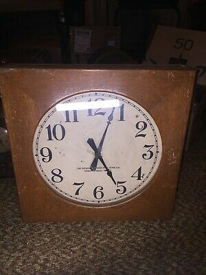 The Standard Electric Time Co. Oak School Train Station Subway Wall Clock