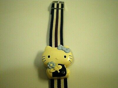 Vtg 80s HELLO KITTY Sanrio LCD WRIST WATCH Japan Made TOY Working w/ NEW BATTERY
