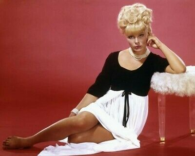 Elke Sommer 8x10 Glossy Photo Picture 11051900255