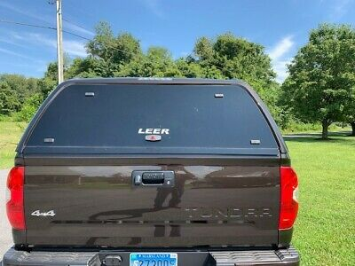LEER TRUCK CAP 100XQ/100XL / Tonneau 700 series handle # 113436 with