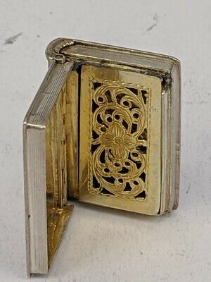 1837 King William IV novelty silver vinaigrette in shape of a book