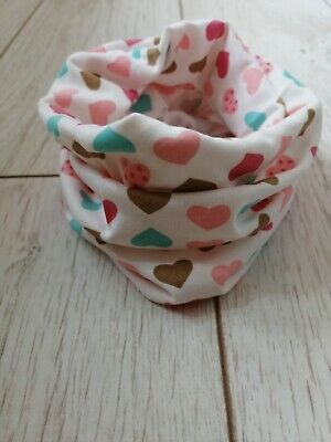 Girls snood scarf with hearts ❤️