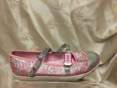 Skechers Girls Silver And Pink Shoes Sz 4(37) New