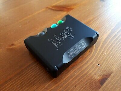 Chord Mojo - portable headphone amplifier DAC boxed