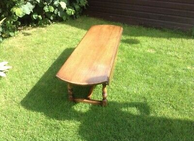Titchmarsh And Goodwin Solid Oak Drop Leaf coffee Table