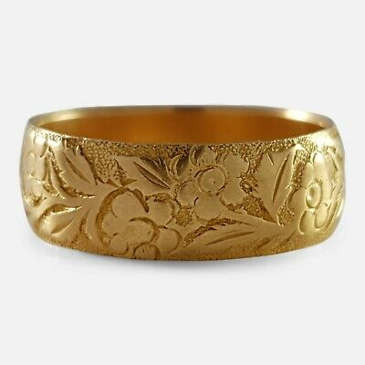 Victorian 18ct Yellow Gold Foliate Engraved Wedding Band Ring 1892