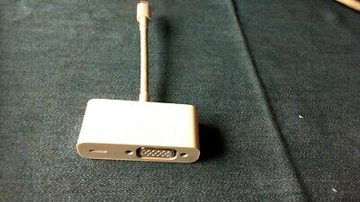 Genuine Apple Lightning to VGA Adapter model MD825AM//A  A1439  FAST SHIP