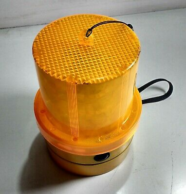 Battery Powered Mag Mount Beacon Amber Led Flasher Britax Rated To 70Mph Brib364