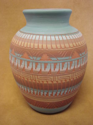 Native American Indian Hand Etched Pot by Mirelle Gilmore! Pottery Vase PT0039