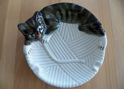 RARE Vintage 1960's Tiger Striped CAT ASHTRAY Great Condition Mid Century Cool