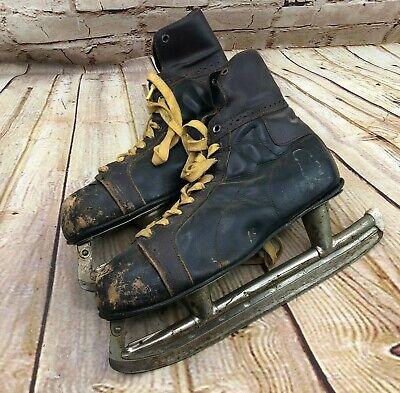 Vtg Bauer mens ice skates Black & Brown leather Farmhouse Decor Christmas Decor