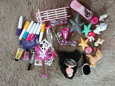 Moxie doll bits and bobs as shown in pic