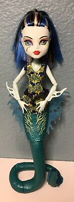 2008 Mattel Monster High Great Scarrier Reef Frankie Stein Electric Eel Doll