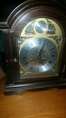 Pre Owned used Tempus fugit  Chiming Mantel Bracket  Clock