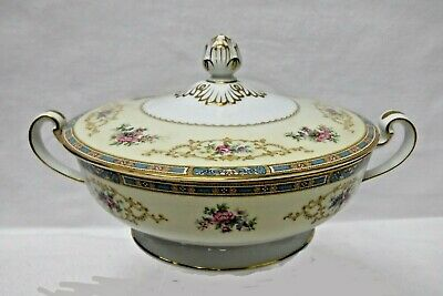 NORITAKE china COLBY BLUE 5032 pattern Round Covered Vegetable Serving Bowl