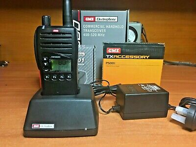 GME TX7200 UHF 450-520 Mhz Brand New Radio, Charger & Speaker Microphone
