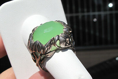 Sterling Silver Vine & Leaf Ring, with 8ct Green Chalcedony Stone, sz 7