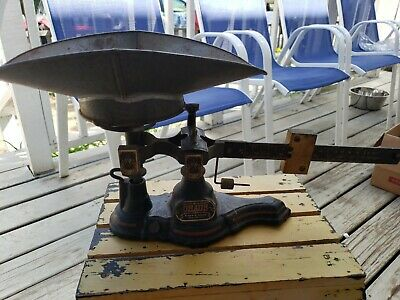Vintage Cast Iron Brass Ohaus Eimer Amend NYC Scale Seed Candy 2 Kilos