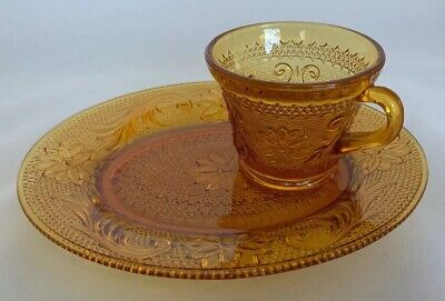 Vintage Indiana Sandwich Daisy Glass Punch Cup/Snack Plate Set - Amber