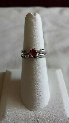 REDUCED! So Pretty Sterling 2 Piece Ring Set w/ Red Gemstone size 6 Make Offer