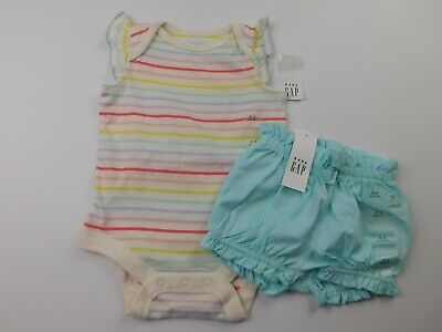 NWT Gap Baby Girl's 2 Piece Outfit Bodysuit/Bubble Shorts 0-3M 6-12M MSRP $30