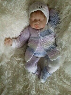Hand Knitted Baby Outfit / Set for a Newborn Baby or Reborn Doll