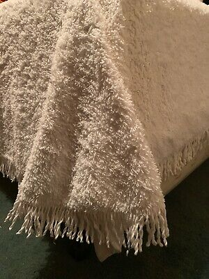 Vintage Single Chenille Bed Spread Quilt White Used