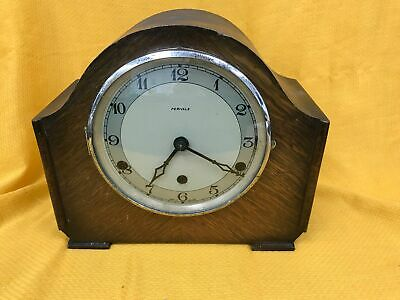 Vintage British Made Perivale Wooden Chiming Striking Mantle Desk Clock #258