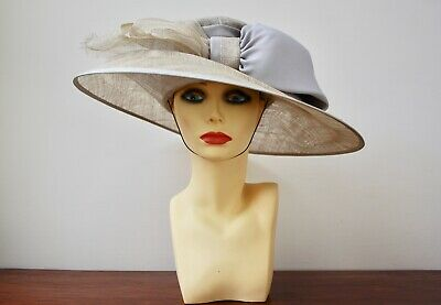 Cappelli Condici Mother of the Bride Silver and Beige Hat Size M