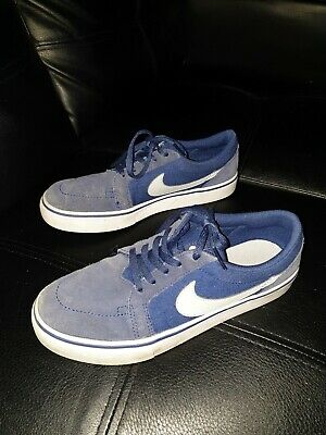 Nike Boys Us Size 4.5 Blue Suede Leather Shoes  Casual Walking Trainers Sneakers