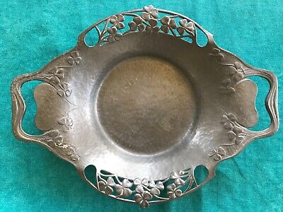 Tuderic Pewter Dish, Clover Pattern