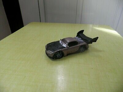 DISNEY PIXAR CARS VOITURE BOOST  FLASH McQUEEN METAL 1/55 BON ETAT !!