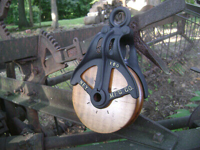 Antique Vintage Cast Iron Ney Mfg. Barn Pulley Old Farm Tool Rustic Primitive