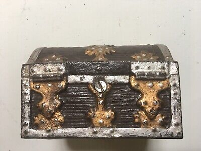Vintage Cast Iron Treasure Chest Gold Silver Steamer Trunk Still Penny Coin Bank