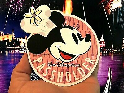 Disney World Annual Passholder Minnie Mouse MAGNET Food Wine Festival Replica