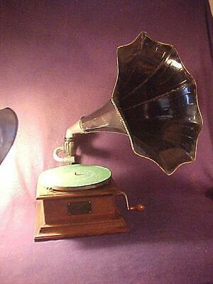 Antique Victor I Phonograph w/ Horn + Exhibition Reproducer