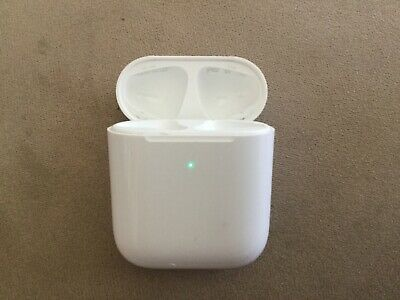 Apple AirPods 2nd Generation Wireless Charging Case only