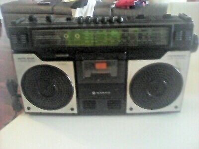 Sanyo Stereo 4 Band Radio Casstette Recorder Model No. M4100K  Preowned