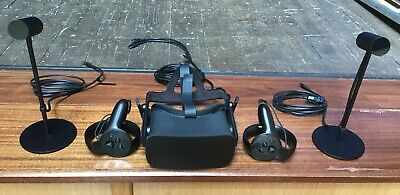 Oculus Rift and Touch Virtual Reality Gaming System 301-00095-01