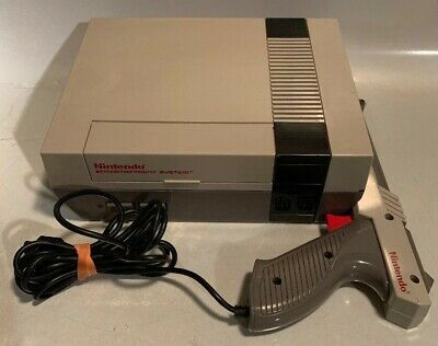 Nintendo Entertainment Tested System NES-001 Console & Zapper Only