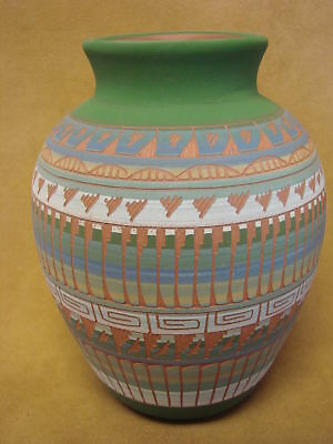 Native American Indian Hand Etched Pot by Mirelle Gilmore! Pottery Vase PT0049