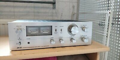 Akai AM-2450 Stereo Integrated Amplifier (1979-80)