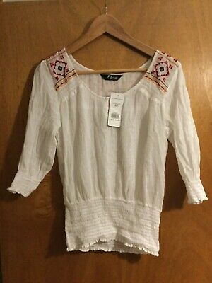 Jane Norman WHITE EMBROIDERED COTTON smocked PEASANT Boho BLOUSE Top BNWT 8