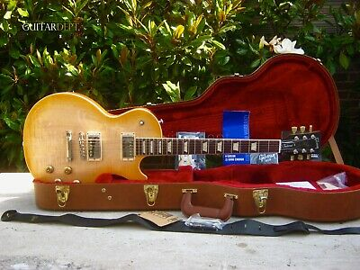 GIBSON LES PAUL - Custom Aged Relic - Gold Top / Black Back