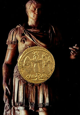 Aureus of Julius Caesar and Venus, Most Famous Roman Coin, Roman Empire, (29-G)