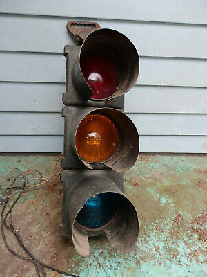 Vintage Traffic Light Signal with hanger