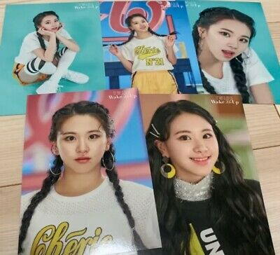 Twice Wake Me Up Official Photocard Japan Limited Momo Punched