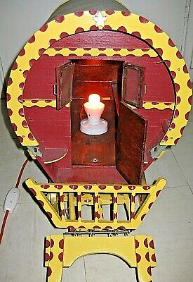 Large Roma Gipsy Caravan Wooden Model Electric Vintage Lamp Excellent Condition.