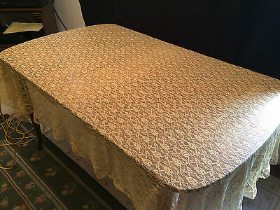 """Vintage Lace Floral Tablecloth Gold / Yellow, Rectangular 84 X 58"""""""